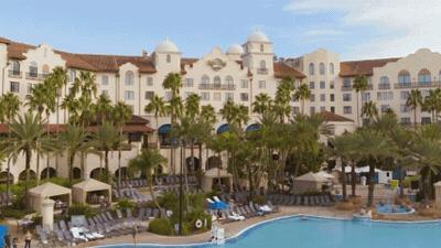 Universal Orlando On-Site Hotel Pools