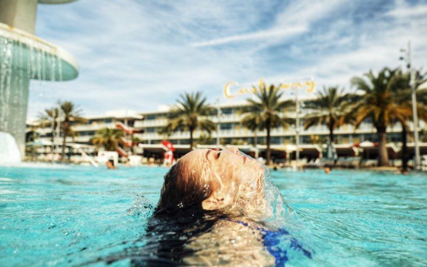 Universal's Cabana Bay Beach Resort Underwater
