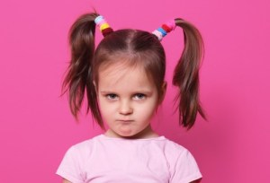 lidar com a teimosia das crianças