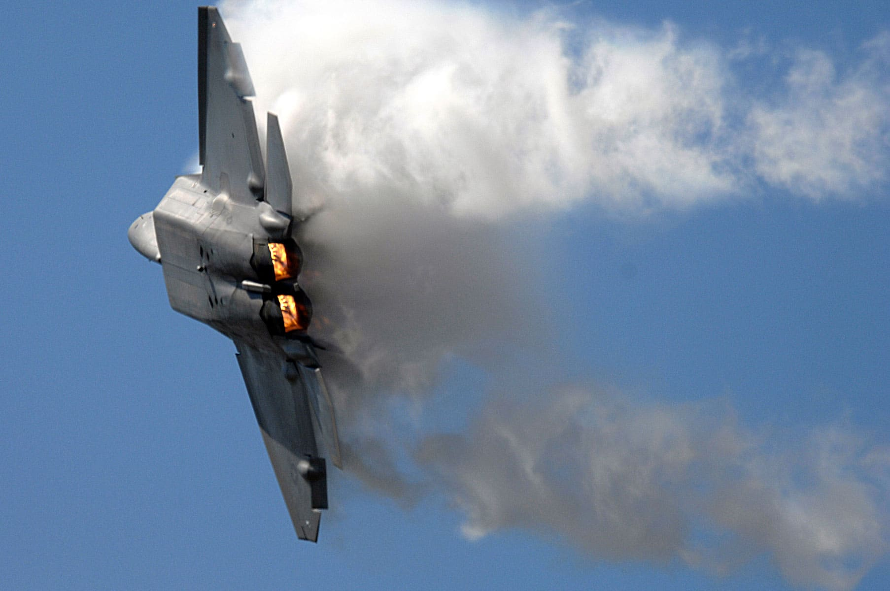 The F-22 Raptor is the Air Force's newest stealth military fighter aircraft.
