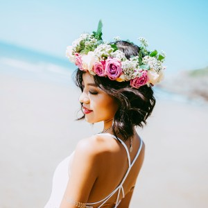 Summer Wedding Hairstyles Roundup