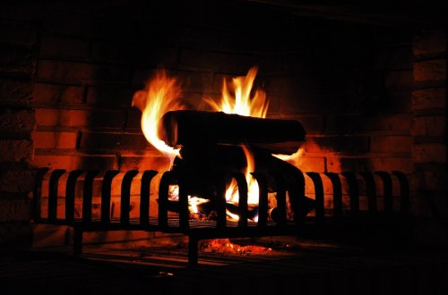 3 Ways To Use A Non-Working Fireplace