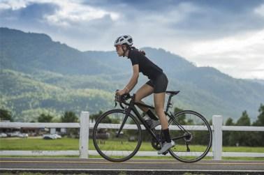 Pijn in de onderrug bij fietsers: 3 oplossingen