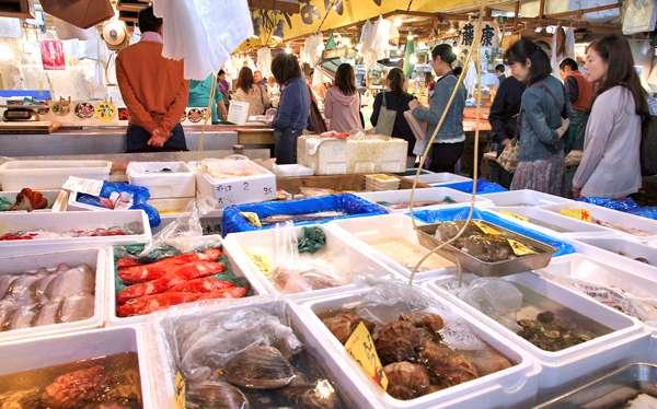 Mercado de pescado en Tokio