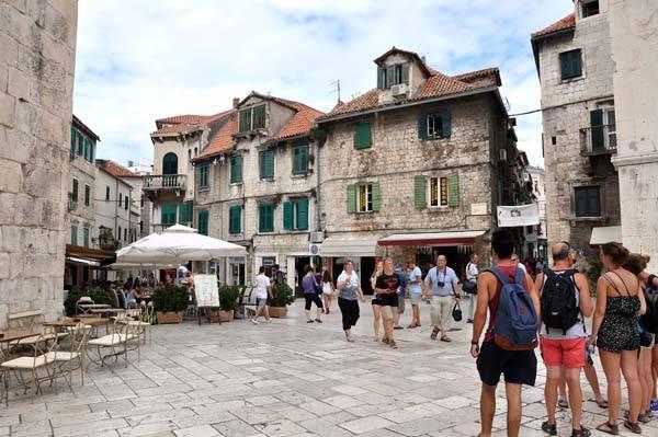 Diocletianus-Palace-In-Split-vayacruceros