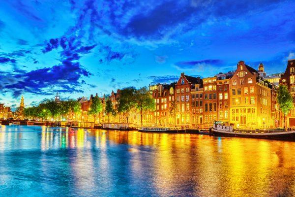 Río Rhin, Amsterdam