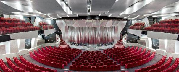 Teatro del MSC Divina