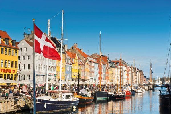 Escala en Copenhague Nyhavn