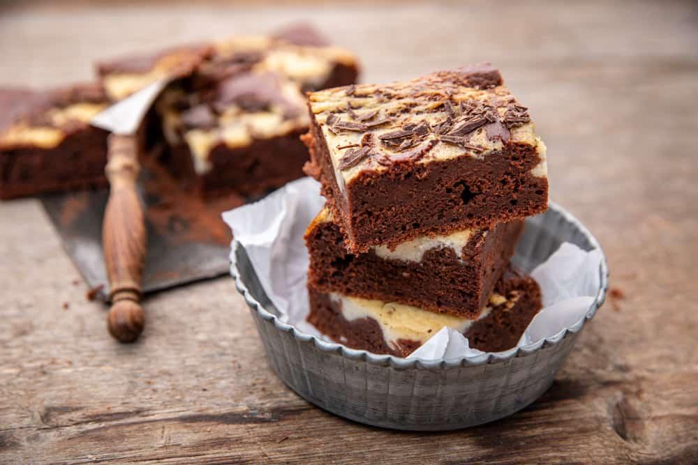 Käsekuchen Brownies aus der Baking Masterclass von Stina Spiegelberg