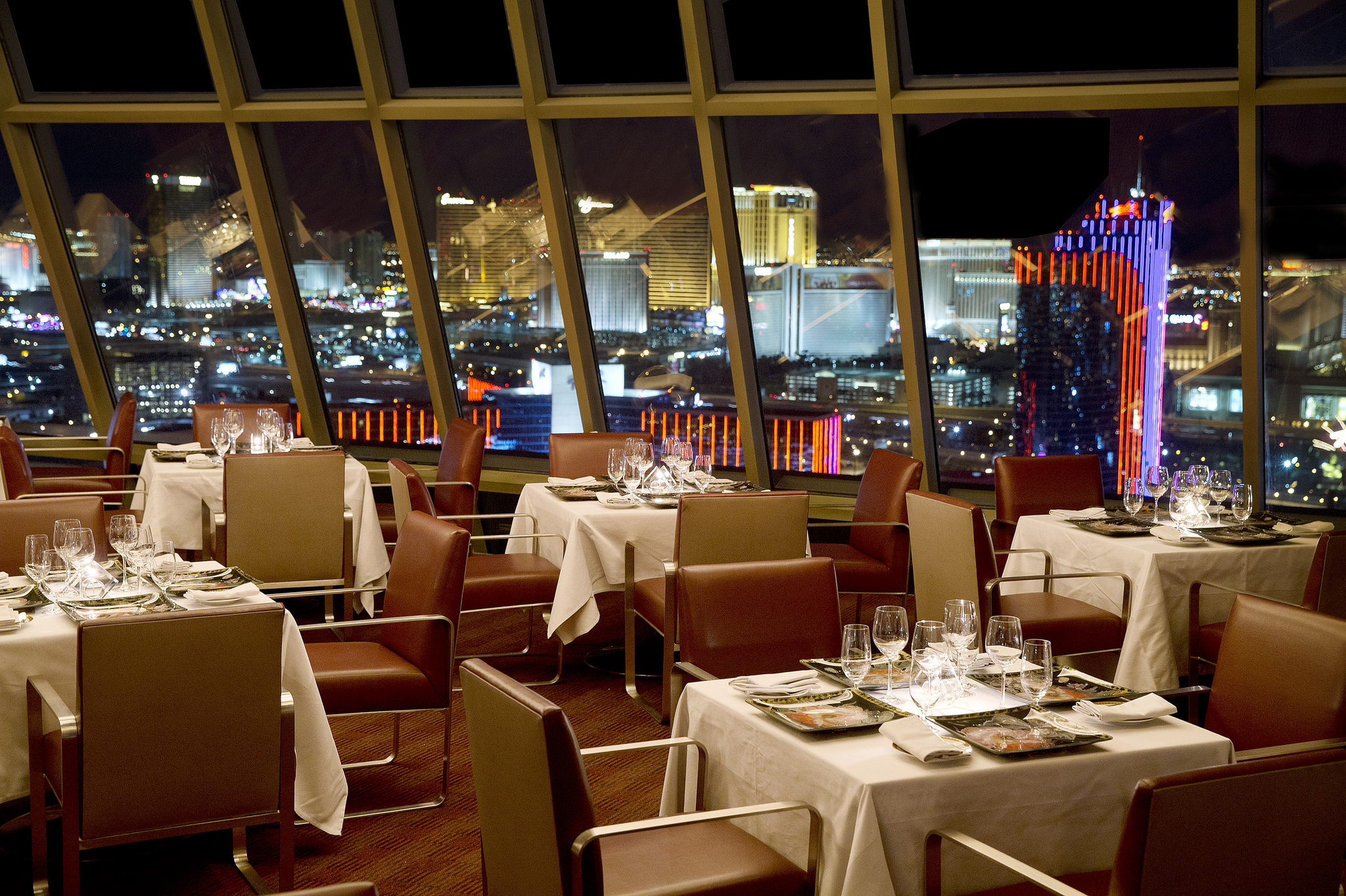 Impress your date at these romantic Vegas restaurants  Las Vegas Blogs