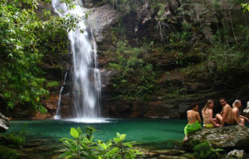 Cachoeira de Santa Bárbara na Chapada Dos Veadeiros. Foto: Ion David