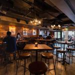 ways-to-enjoy-euro-2016-singapore-venuerific-blog-highlander-cosy-dimly-lit-indoor-area