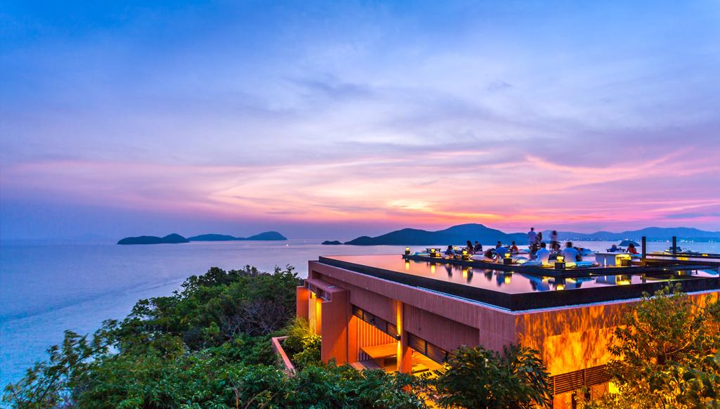 Breathtaking-rooftop-bar-asia-venuerific-blog-ba-ba-nest-sunset