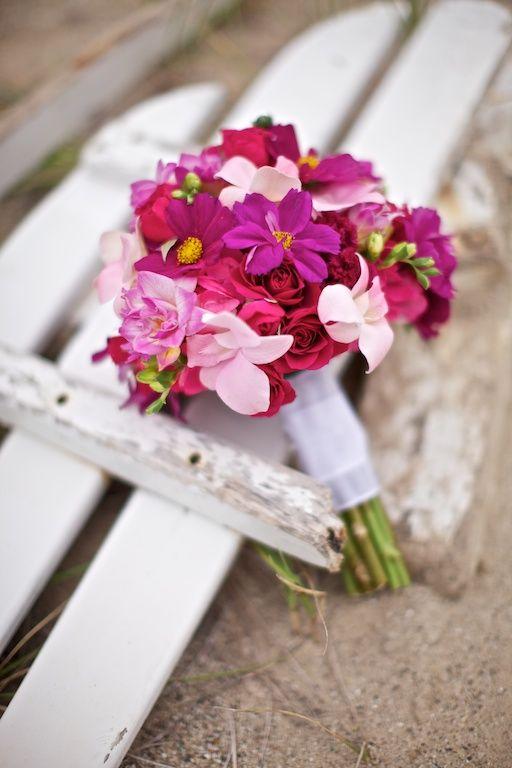 Perfect-wedding-flower-venuerific-blog-the-plain-jane-cosmos