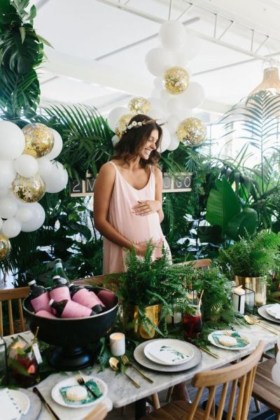 Tropical baby shower party decoration