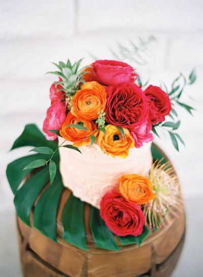baby-shower-themes-venuerific-blog-the-secret-forest-party-flower-cake