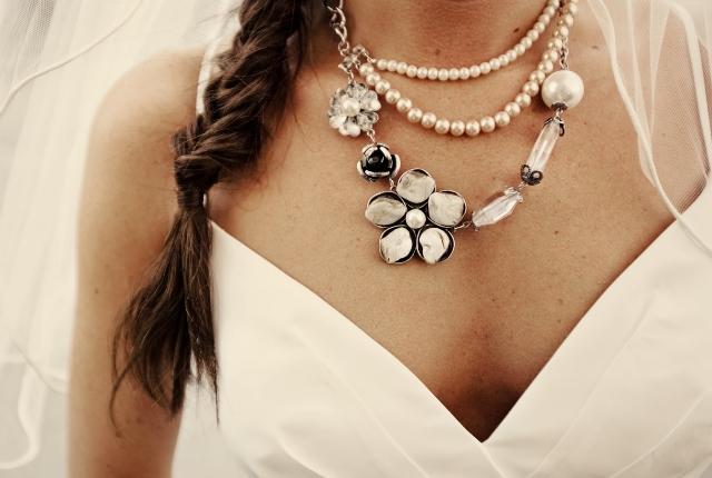 bohemian-wedding-venuerific-blog-accessories-necklace