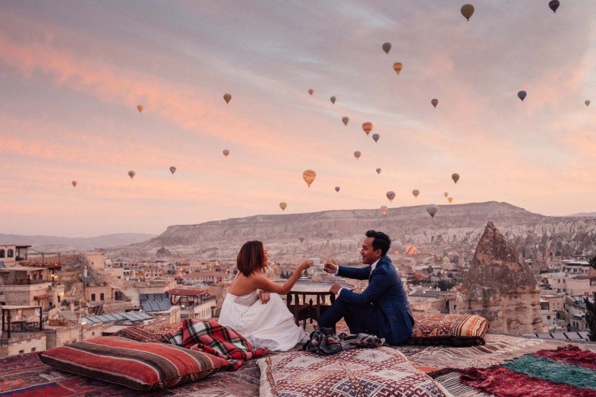 Dream-wedding-photoshoot-venuerific-blog-cappadocia-turkey