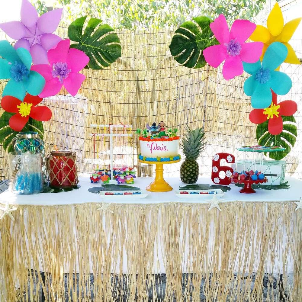 Kids-birthday-venuerific-blog-lilo-and-stitch-themed-setup