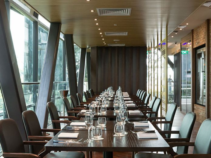Singapore restaurant with private room for company dinner and dance