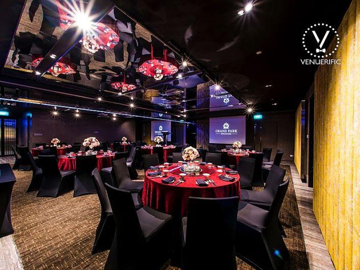 Elegant fuction room rent for business event Singapore