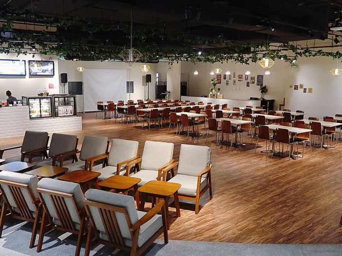 Affordable event space for corporate seminar Singapore