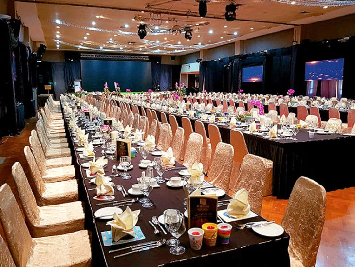 big function hall with affordable price  for wedding