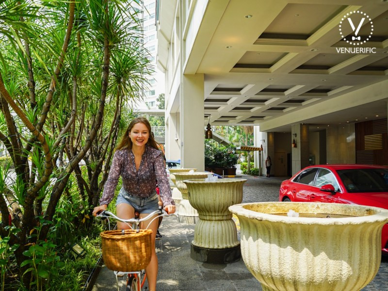beautiful woman have staycation around hotel jen tanglin singapore