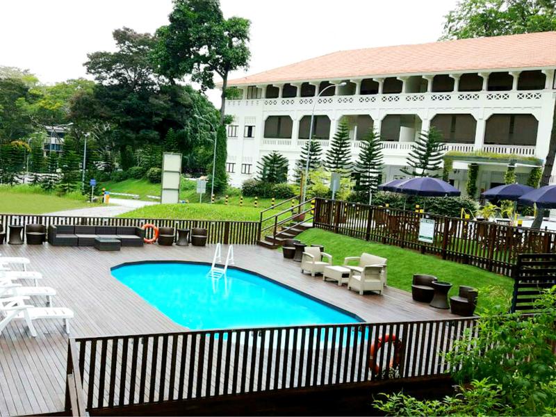poolside bbq at raintr33 hotel