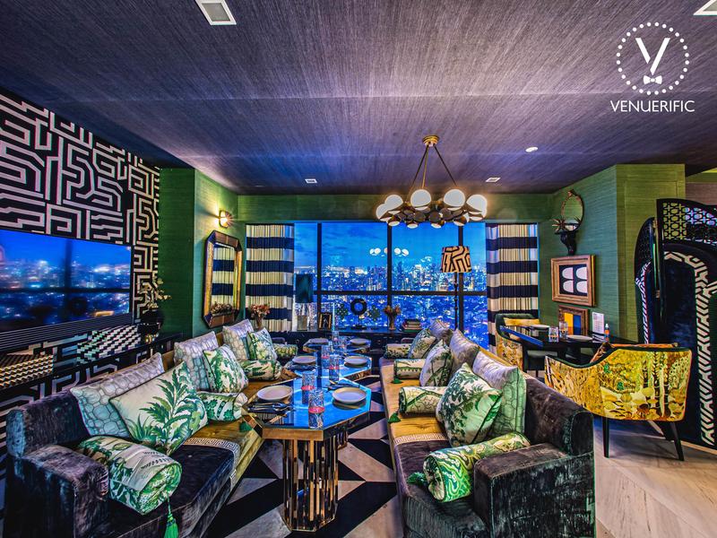 Beautiful lounge area cum bar