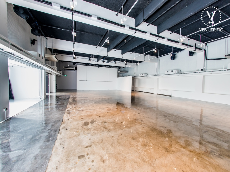 marble floor singapore part space with white wall
