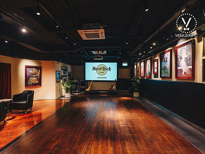 Hard Rock Cafe open stage with projector