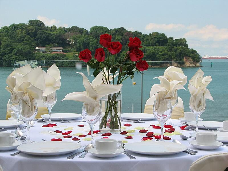sea view wedding venue in singapore with banquet seating