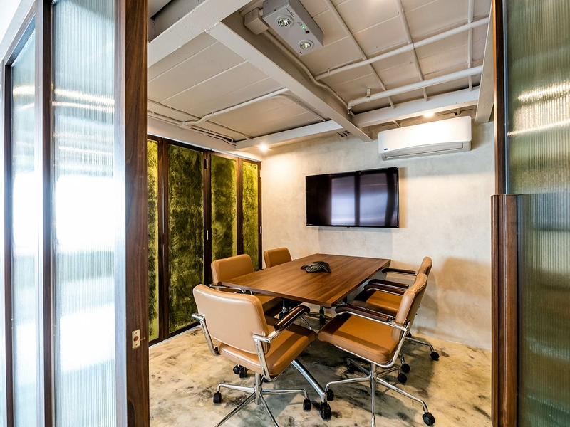 small meeting room with movable chairs