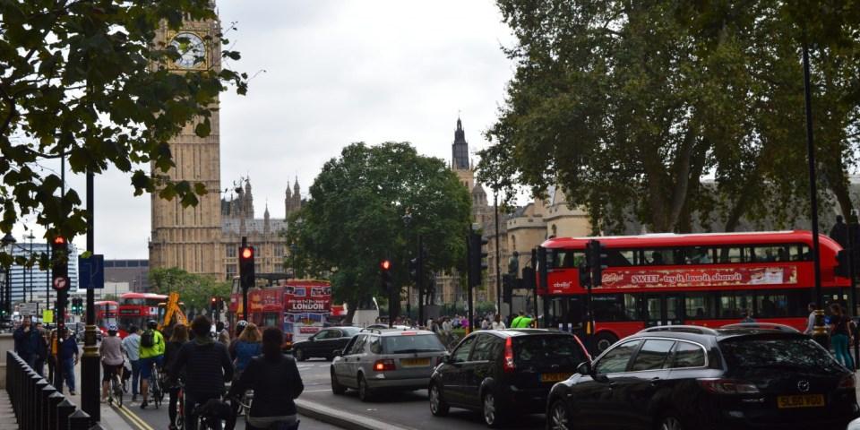 Бюджет Великобритании: минимальная зарплата, налоги, сбережения