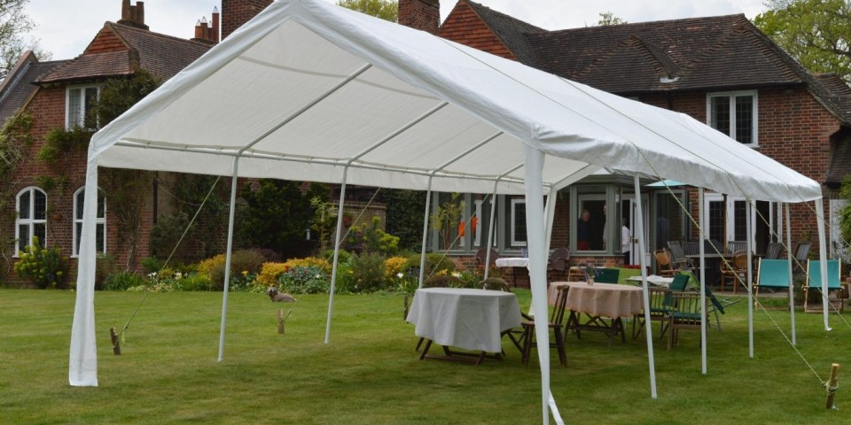 Learn English: Gazebo and Marquee