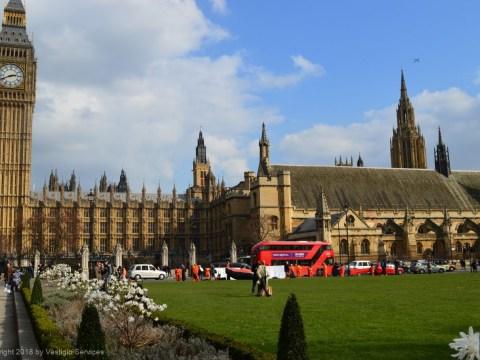 Semi-Formal Letter: официальная переписка Великобритании