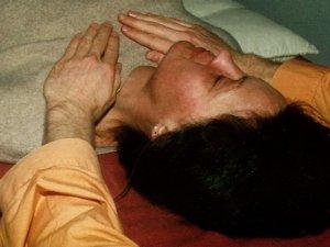 Bowen-Therapie – Schmerzen heilen durch sanfte Nervenstimulation