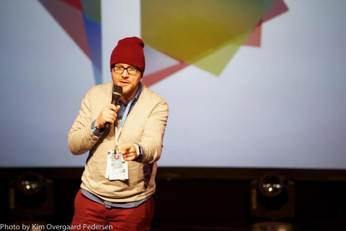 Watch the speaking hands - Pitching on stage at the Nordic Startup Awards Finals, Copenhagen