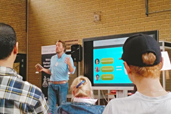I held a Lean Startup Crash Course for the participants new to the methodologies