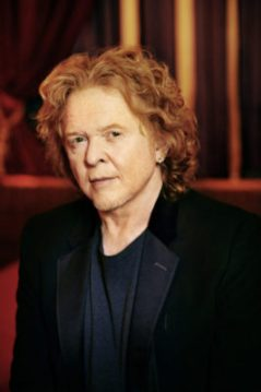 Mick Huknall Simply Red