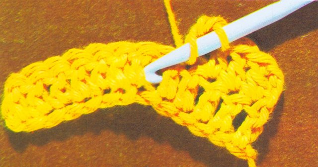 Lesson Two - Crochet Tutorial Double crochet between Double Stitch