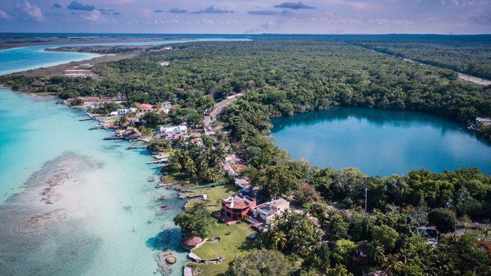 Cenote Azul en Bacalar