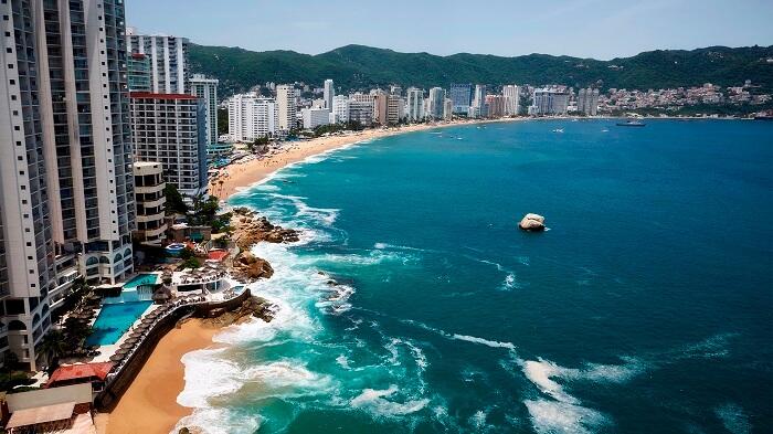 Punta Diamante - Acapulco