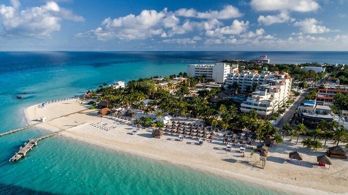 ¿dónde hospedarme en isla Mujeres?