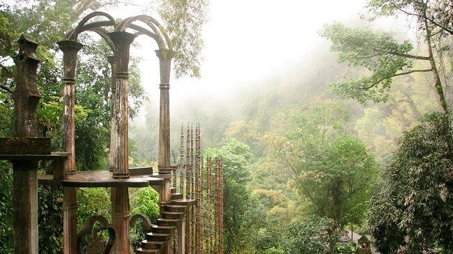 Jardín surrealista