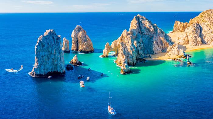 cuales son las playas mas bonitas en los cabos