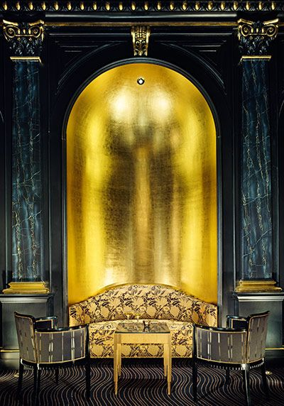 In The Savoy Hotel Londen Via Guardian