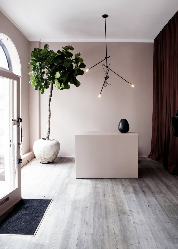 So totally now - trending pale pink walls in accessory designer Yvonne Kone's Copenhagen boutique
