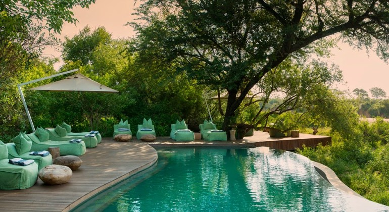 Summer Swimmingpool